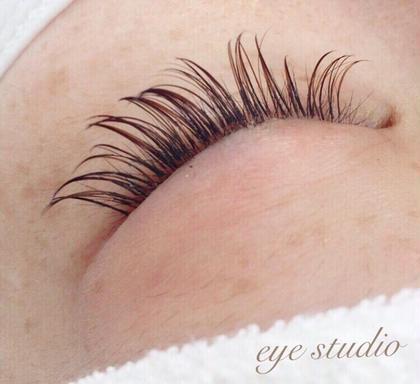 Eye Beauty Salon sylph心斎橋所属・SASAKILENAのスタイル