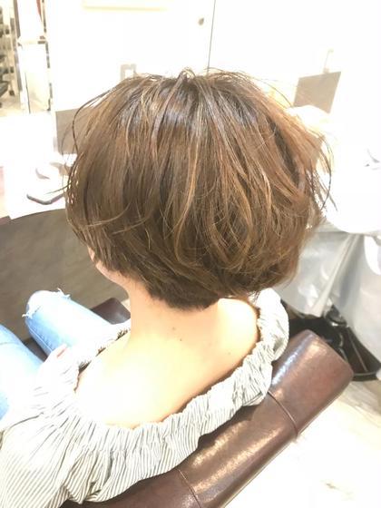 ハイライトで立体感カラー☆  後ろは刈り上げてスッキリショートボブに!! hair&make krest所属・瀬戸一菜のスタイル
