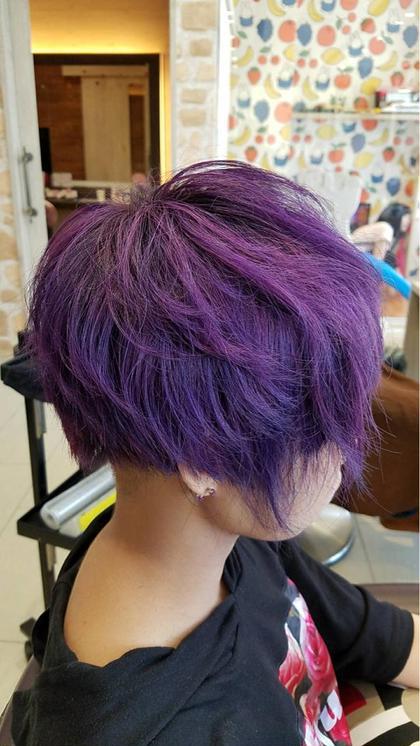 ビビットバイオレット‼️ビビットカラーがお好きな方は是非‼️ HAIR & MAKE EARTH 松山銀天街店所属・寺崎文亮のスタイル