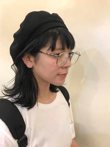 その他 セミロング ヘアアレンジ メガネも帽子も似合う 外ハネ  ❤︎