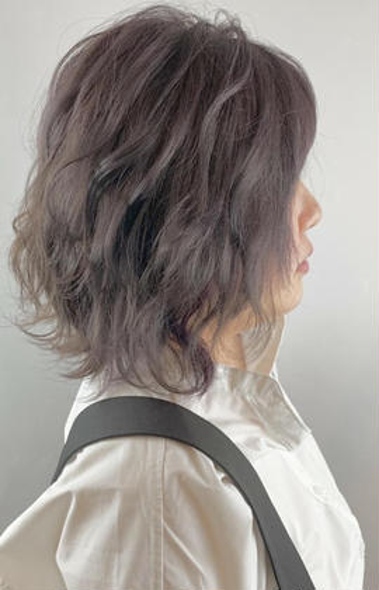 【スモークバイオレット】コテでアレンジすればより華やかに BAROA所属・和田美咲のスタイル