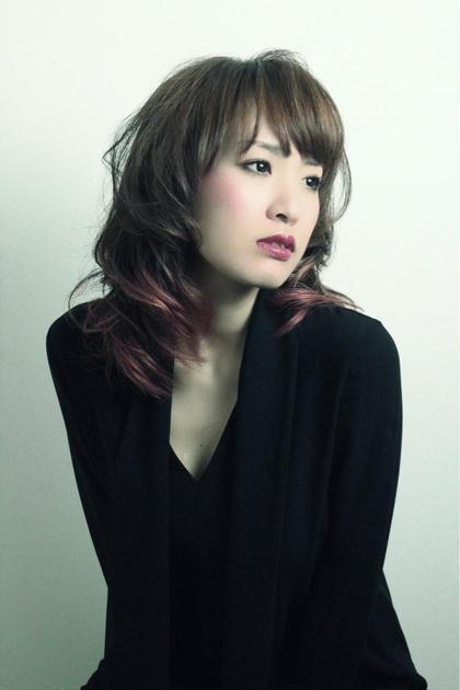 ミディアム  レッドグラデーション REJOUIR〈リジェール〉所属・松淵博美のスタイル