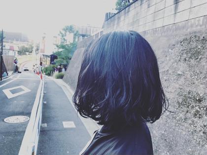 10センチくらい髪を切りました!  あとはカラーとトリートメントして乾燥しやすい今の時期にもまとまりがあるボブカット😊 Heartim所属・佐々木玄太のスタイル