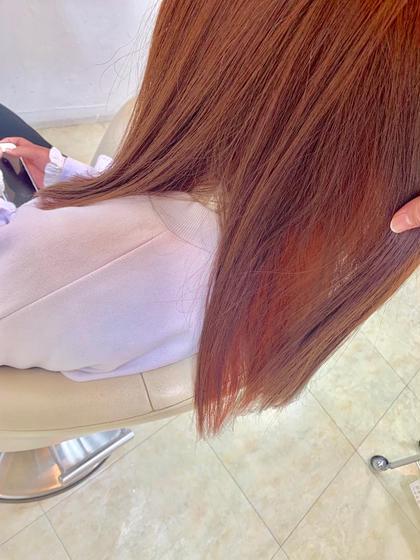 カラー ヘアアレンジ 成人式前カラー💓 普通毛〜硬毛の方です。 インナーブリーチ1回のうえから ガッツリピンクを入れました🙆♀️