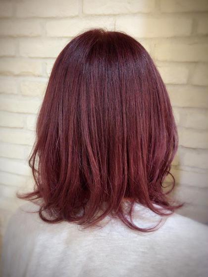 ピンク!!  ブリーチしてピンクのcolorを入れました! 色持ち考えてしっかり入れますよ♡  ミディアムヘア、めちゃ可愛いです♡ CoL所属・🦄店長🌈RIESATOのスタイル