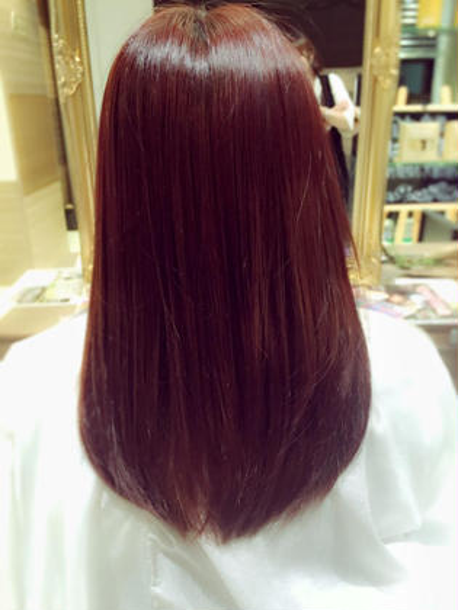 赤髪♡ もともと、毛先はブリーチしていたので、黄味を消すのにバイオレットを入れてます! Ash 中山店所属・高梨ひかるのスタイル