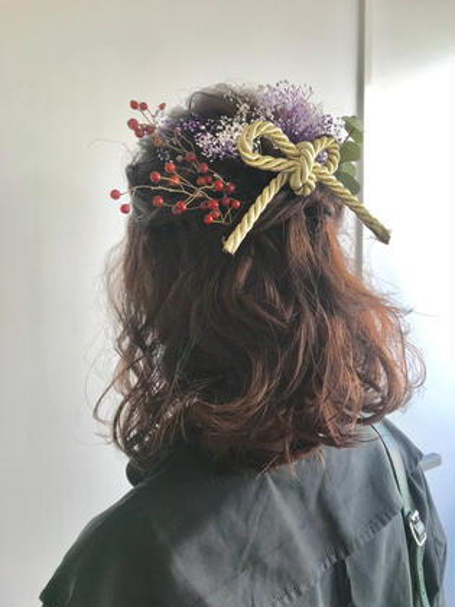 卒業式ヘアセット!(お花はご自身で用意していただきます。)ハーフアップで柔らかい印象に✨