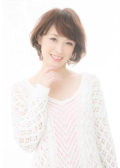 大人女性の上品ゆるふわショート 担当AKILA MODE K's阿倍野店所属・高野耀子のスタイル