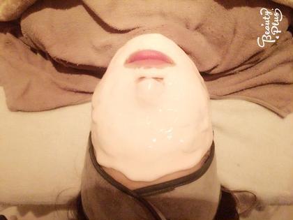 オプションで人気のコラーゲンパックでお肌の乾燥を改善❣️ パック後はモチモチお肌に変身です(*´꒳`*)