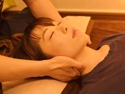 ◆初回半額◆ タイ古式マッサージ 90分+ドライヘッドスパ 20分【女性用】