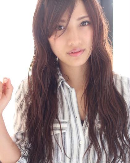 他とは被りにくいピンク系カラーも秋っぽくてオススメです\(^^)/⋈*。゚ HAIR DELIGHT所属・中島栞のスタイル