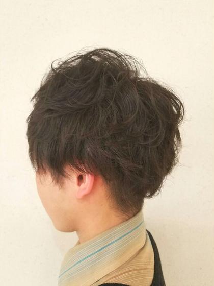 トップスタイリスト luck本厚木所属・高山祐太のスタイル