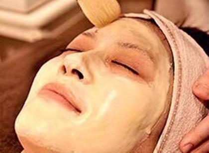 【実感度NO1】🍌毛穴のひらき・黒ずみ改善🍌洗顔→ピーリング→はちみつロウパック150分4,980円