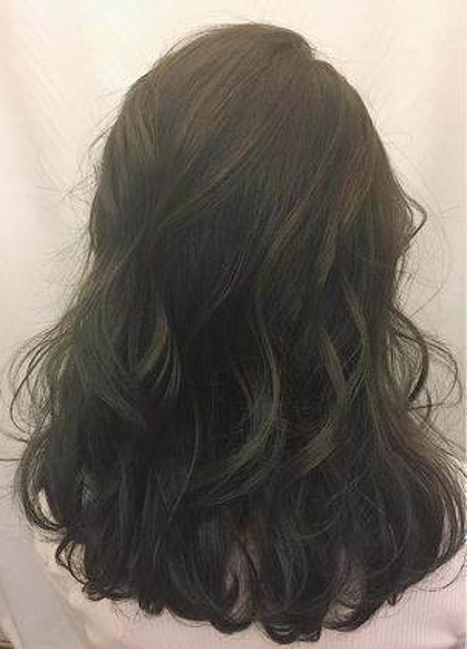 透け感抜群大人気グレー❤︎ 下岡瑞翔のミディアムのヘアスタイル