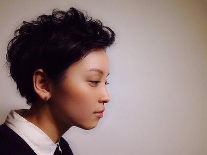 撮影のヘアメイクをしました^_^ 可愛らしい顔立ちの方をクールにみせるスタイルです! HAIR lounge EGO所属・槙本友香のスタイル