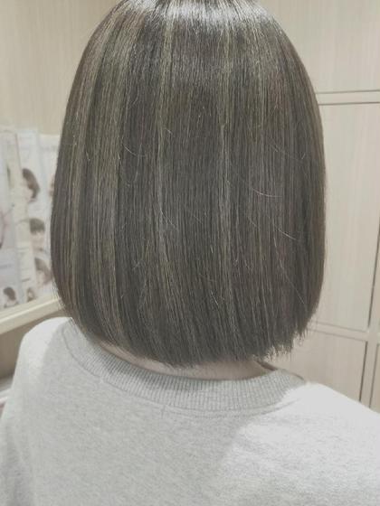 #秋っぽく#グレーベージュ#ハイライト 四家井幹也のショートのヘアスタイル