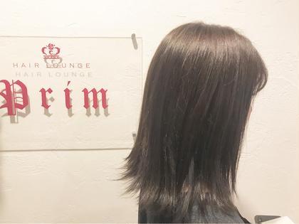 ちょこっと大人っぽく、 落ち着いた雰囲気のダークグレージュです☆*。  ブリーチなし 元の髪色が7レベルのブラウンで カラーさせていただきました😌 HAIRLOUNGEPrim所属・小野眞女のスタイル