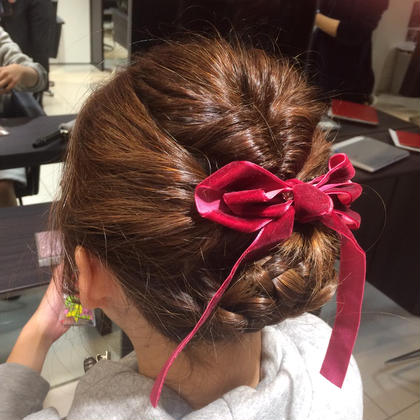 くるりんぱ2回でまとめ髪! FORTE  表参道所属・朝日優紀のスタイル