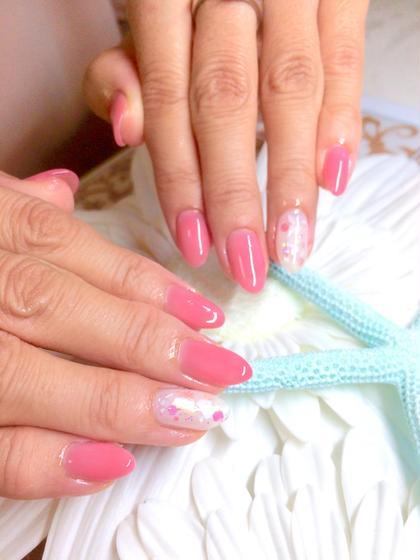 艶ピンクにホログラムをon•*¨*•.¸¸♬ NailSalonE'scafe所属・sunabaeriのフォト