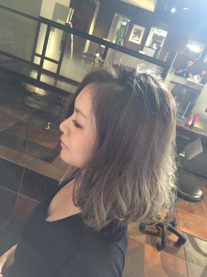 透明感が魅力のグラデーション カラーリスト橋本裕貴のミディアムのヘアスタイル
