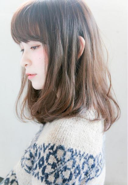 ふんわりワンカールのナチュラルスタイル。 透明感のあるカラーリングもお任せください♪ 代官山、恵比寿所属・shotasatoのスタイル