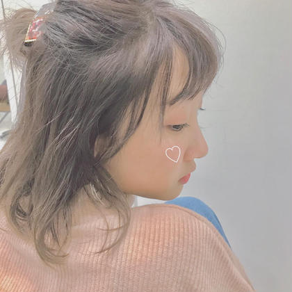 こーんな柔らかい明るさカラー可愛いすぎ❤️ミルクティーベージュ強めです!柔らかい髪質に見えるのでおすすめです(^^) euphoria(ユーフォリア)HARAJUKU所属・関口三都季のスタイル