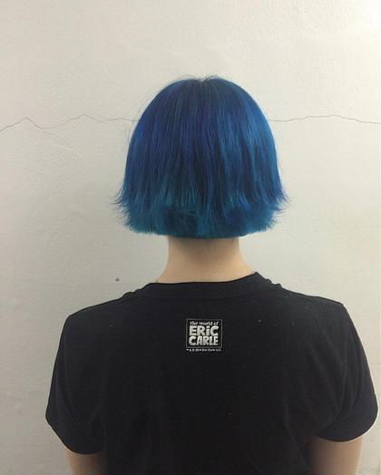 ブリーチされていた髪にマニパニで色を  ブルーとグリーン KORD所属・コムラアユカのスタイル