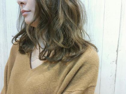 赤みを抑えた優しいブラウン+゜カフェモカカラー♪ OVER ALL 天王寺店所属・間嶋紗由美のスタイル