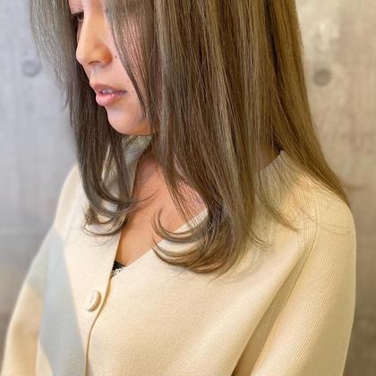 小顔カット & ポイントハイライト(10枚以下)&透明感カラー & 3stepトリートメント  ¥9000