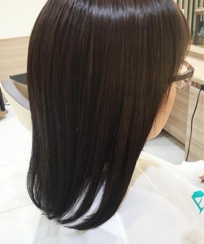 湿気で広がるうねる髪をさらさらに✨✨カット+縮毛矯正+2STEPトリートメント