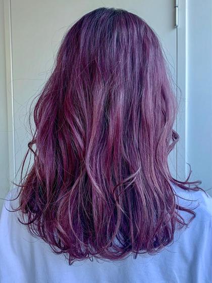 カラー ワンブリーチして イルミナカラーのパープルピンクをon 濃いめに入れて色落ちをたのしんで