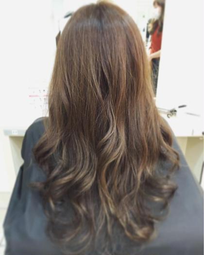 ブルー✖️ベージュの明るめブルージュカラー Blanc hair所属・浅田大輝のスタイル