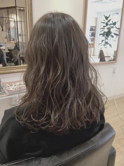 #ゆるふわカール#グレージュ#ウエットスタイリング ViENNA   HAIR所属・髙橋彩のスタイル