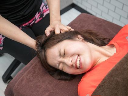 ◆モニター募集◆顔筋ひっぺがしトレーニング (施術時間60分)6回+化粧品3点セット