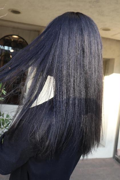《トーンダウンカラー》+《毛髪補修トリートメント》(黒染め、ブルーブラック)