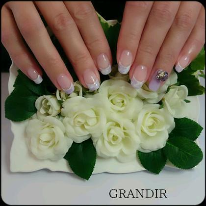 マーブルフレンチ ×Bouquet GRANDIR グランディール所属・ネイルサロングランディールのフォト