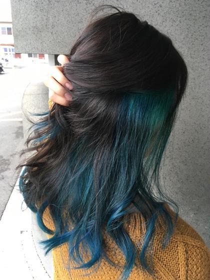 ブルーインナーカラー ⚠︎インナーカラーは別途料金が発生します hair'sBEAULiEn所属・堤文哉のスタイル