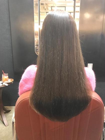 ナチュラルなストレートヘアに 縮毛矯正 or ストレートパーマ + トリートメント