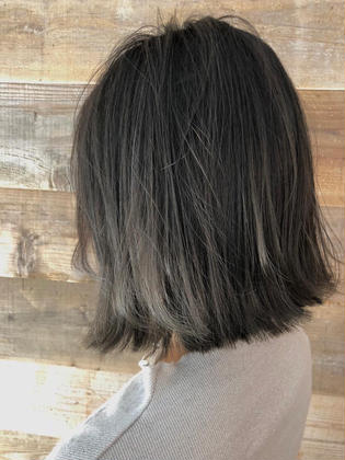 カラー highlight color design  ✂︎ KHANH HOA 表参道  ℡0368045616 渋谷区神宮前4-14-6 101  cut ↠¥5.000 color ↠¥7.000〜 highlight design ↠¥8.000〜 balayage design ↠¥10.000〜 cut×color×treatment ↠¥10.000 cut×highlight×treatment ↠¥11.000 cut×balayage×treatment ↠¥13.000  ↠ https://www.instagram.com/_hide1989/