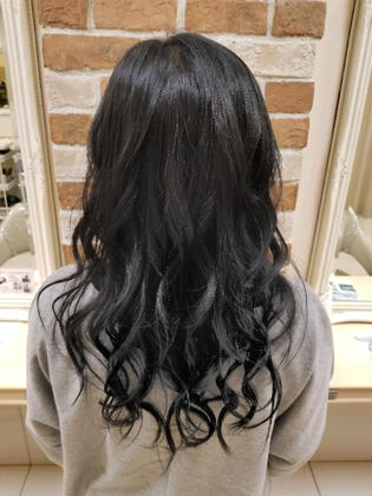 四家井幹也のセミロングのヘアスタイル