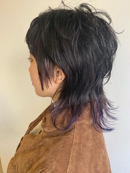 ショート レイヤースタイル! ポイントに青紫をちょこっと足しました 色落ちしても綺麗なのでおススメです❤️