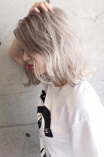 カラー ショート ホワイトアッシュ ⭐︎photo  担当スタイリスト  AKI☆⭐︎ ⭐︎instagram →  @aki.0218⭐︎