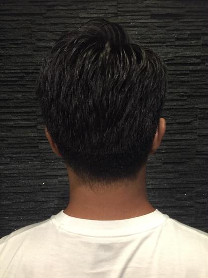 厚めの刈り上げ ヒロ銀座所属・吉本成樹のスタイル