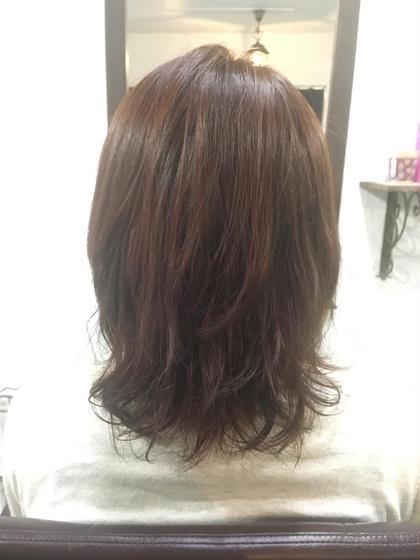 レイヤーカットで毛先は軽く、カラーはピンクベージュでツヤ感も☆*。 JAM所属・野口紗希のスタイル