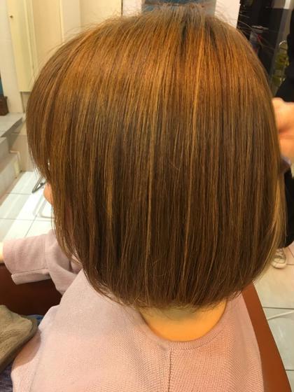 カラー ショート ローライトを入れより、ハイライトを際立たせ立体感のあるヘアスタイルに仕上げました(*^^*)