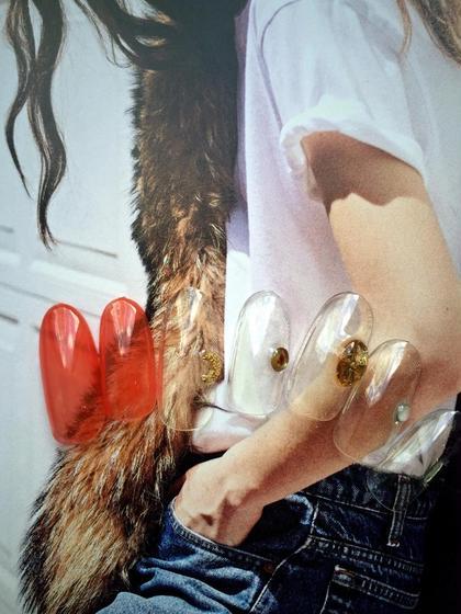 クリア感のある赤×個性的なパーツづかい! こんなカジュアルなファッションに合わせたい! FLEVE所属・saori.mのフォト