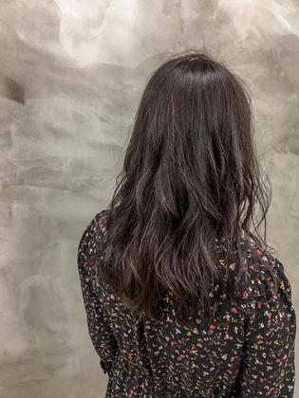 カラー アッシュグレーで赤みのない、暗髪❤︎❤︎ #黒髪