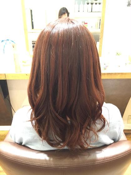アルカリ0の傷まないカラー剤✨ ブラウンとレッドで暖かいカラー(*^^*) カラー後なのによりツヤがでて、お色味もしっかり入ります!  HUG-yokohama-屏風浦店所属・柿澤真琴のスタイル