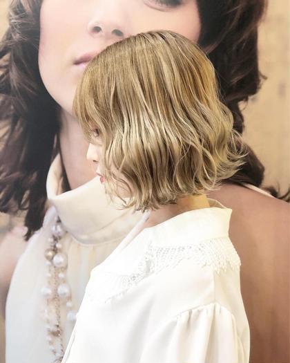 ❣️10月限定❣️人気NO.2⭐️似合わせカット &潤艶ヘアカラー&キラ艶トリートメント❣️素敵な髪型とヘアカラー