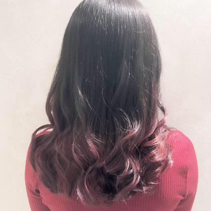 チェリーピンクのグラデーションです🍒 ブリーチは一回です☺︎❤︎ hair & makeEARTH平塚所属・大畑あかりのスタイル